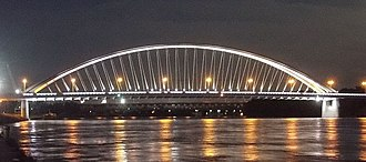 Apollo Bridge - Image: Apollo bridge at night