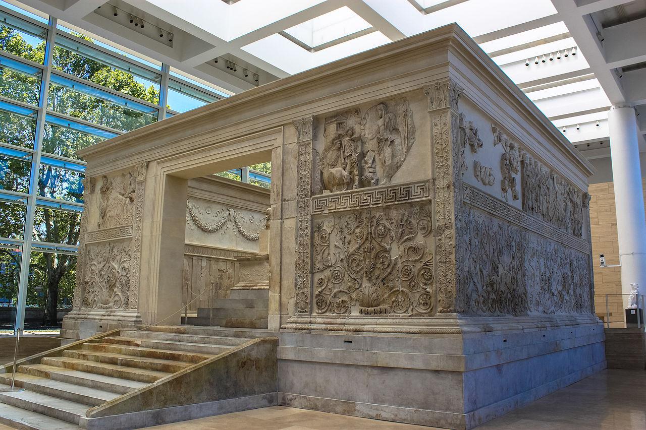 Ara Pacis Augustae - Capitolivm