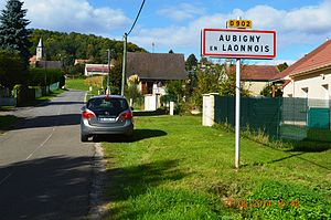 Aubigny-en-Laonnois - The road into Aubigny-en-Laonnois