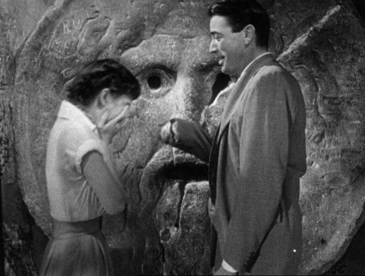 Audrey Hepburn and Gregory Peck at the Mouth of Truth Roman Holiday trailer.jpg