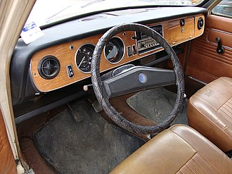 Austin Maxi - The interior of a left hand drive French model.