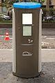 Autolib mini-kiosk.jpg