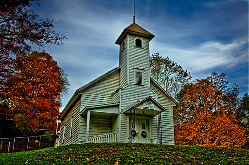 Autumn-country-church - Virginia - ForestWander