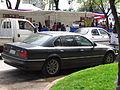 BMW 740i 4.4 1997 (10282534723).jpg