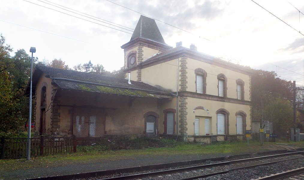 Railway Station, track-side, at Ébersviller, France