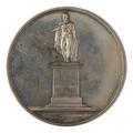 Baksida av medalj med bild av Sergels staty på Gustav III, 1808 - Skoklosters slott - 100048.tif