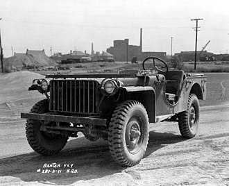 Front-engine, four-wheel-drive layout - Image: Bantam jeep 1