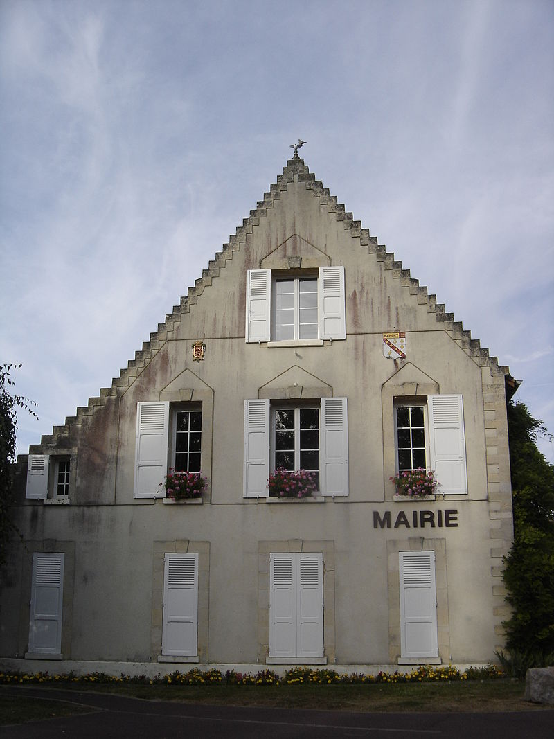 Bavent, mairie 1.JPG