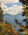 Bergtocht van Homene Dessus naar Vens in Valle d'Aosta. Doorkijkje vanaf het bergpad op omringende bergtoppen 04.jpg