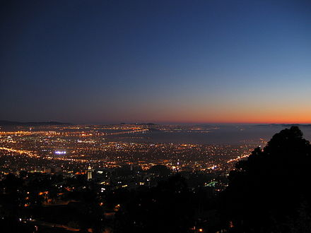 Berkeley and the San Francisco Bay at nightfall, as seen from the Lawrence Hall of Science BerkeleyAndBayAtNight.jpg