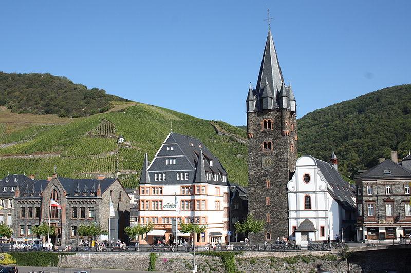 Datei:Bernkastel-Kues St. Michael 24.JPG