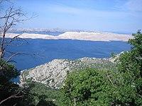 Blick vom Velebit-Massiv auf die Insel Pag.jpg