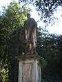 Boboli, secondo incrocio del viottolone, filosofo calvo (roman age statue).JPG