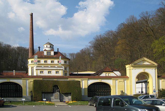 Datei:Brauerei Hacklberg (Passau).jpg