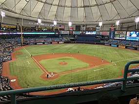 Brewers vs. Rays (36089474800).jpg