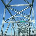 Bridge on Columbia river.jpg