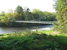Bridge over the River Tweed at Dryburgh - geograph.org.uk - 1519004.jpg
