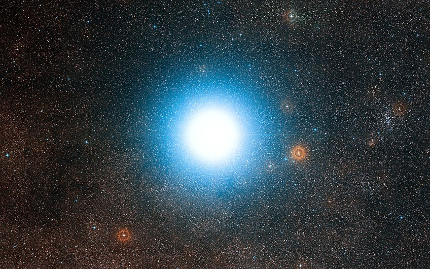 Bright star Alpha Centauri and its surroundings.jpg