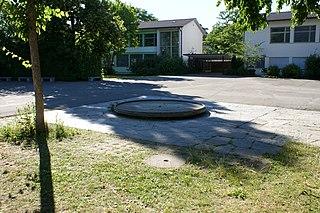 Brunnenspiel Bethlehemacker schoolhouse