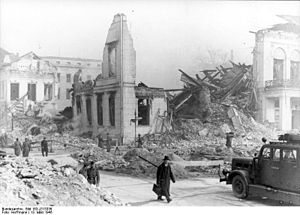 Ordenspalais - Ruins of the Ordenspalais in March, 1945