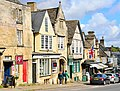 Burford, England (47049509484).jpg