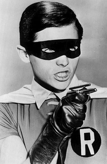 Batman TV series Adam West in the dark - 8 x 10 Movie Photo 004 at ... | 553x360