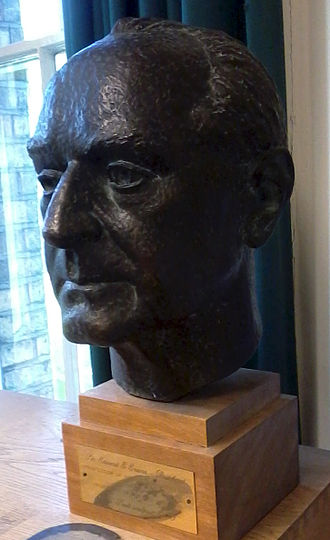 Theories about religions - Bust of E. E. Evans-Pritchard in the Social and Cultural Anthropology Library, Oxford