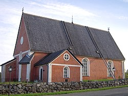 Bygdeå church, the southern side.jpg