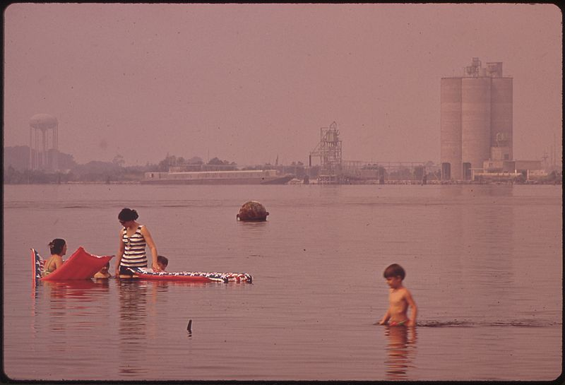 File:CHEMICAL PLANTS NEAR SWIMMING AREA - NARA - 546228.jpg
