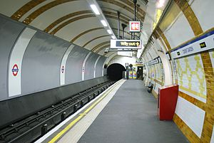 Covent Garden tube station - The distinctive platform level tilework.
