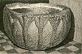 Caltanissetta vaso in pietra nella Badia di S. Spirito.jpg