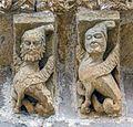 Canecillos en Rebolledo de la Torre (22595147507).jpg