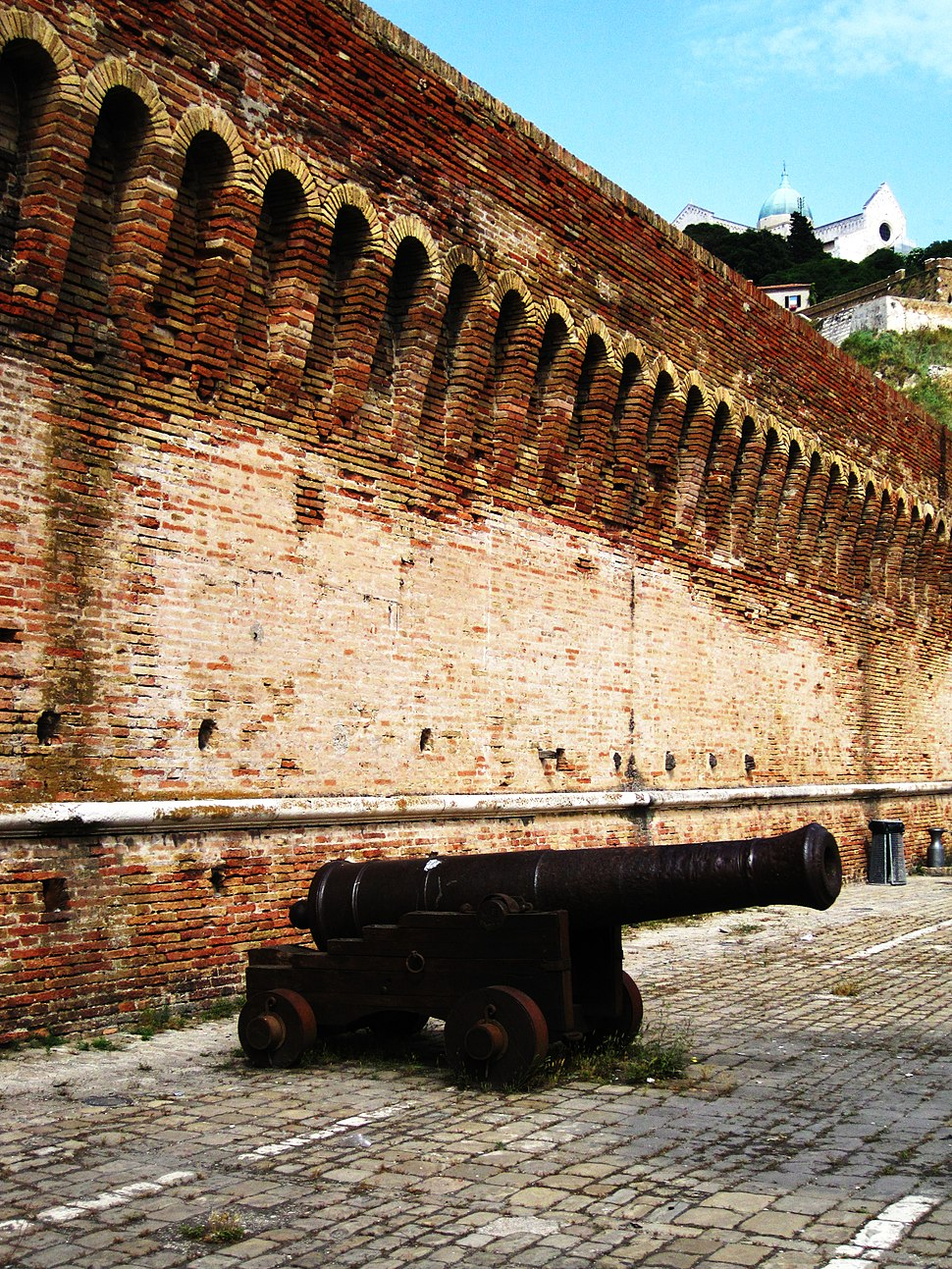 Cannon in Ancona