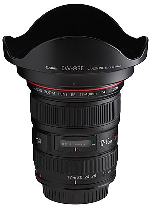 Canon EF 17–40mm lens - Image: Canon EF 17 40mm f 4L USM front angled with hood