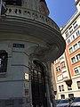 Casa donde vivió Juan Belmonte desde 1940, calle Alfonso XII, 36.jpg