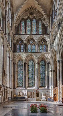 Salisbury cathedral wikipedia for Catedral de durham interior