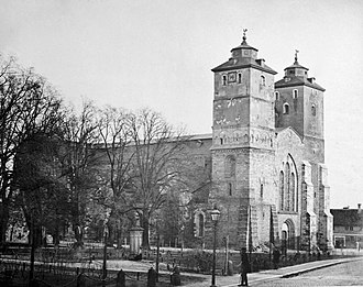 Lund Cathedral - Lund Cathedral in c. 1870, before Helgo Zettervall's changes to the western end of the building.