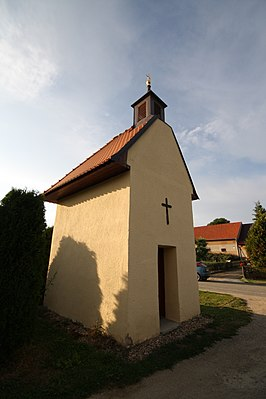 Chapel in Krokočín, Třebíč District.jpg