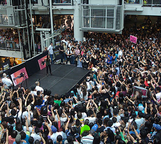 Jake Zyrus - Zyrus performing at the Toronto Eaton Centre in 2010