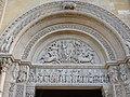 Charllieu - Portal Abtei Saint-Fortunat.jpg