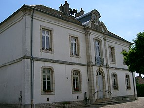Charnay-les-Chalon - mairie école.JPG