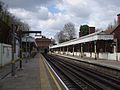 Chigwell station look west.JPG