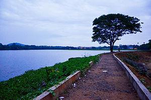 Chitlapakkam - Newly laid pathway around Chitlapakkam lake