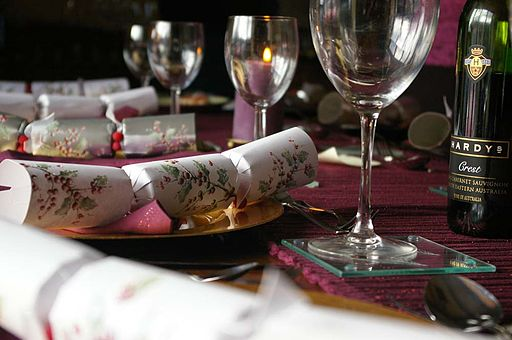 Christmas cracker table Make A Christmas Cracker For Your Dog