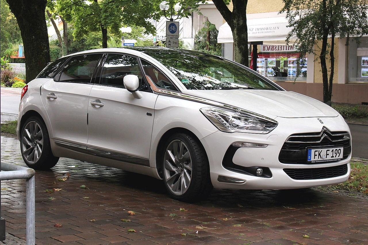 File:Citroën DS5, Bj. 2013 (2017-08-12 r).JPG - Wikipedia