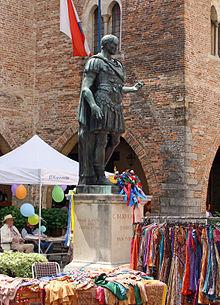 Statua di Giulio Cesare a Cividale (Forum Iulii)