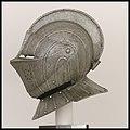 Close Helmet for the Field MET DP22459.jpg