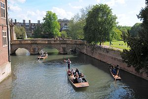 Bridge of Sighs (Cambridge) - View from the Bridge of Sighs towards the Kitchen Bridge and Trinity College
