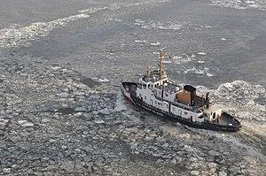 Bay-class icebreaking tug - Image: Coast Guard cutter Thunder Bay