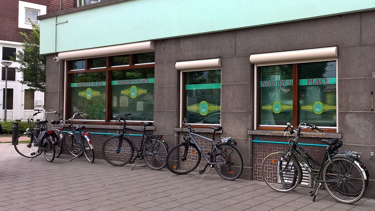 Datei:Coffeeshop Nobody´s Place (Venlo).jpg - Wikipedia